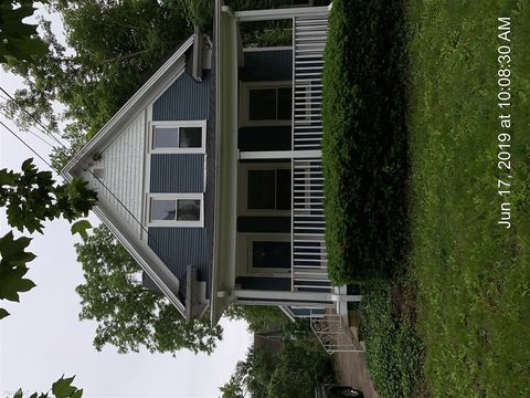 Photo of 409 W Barnes Ave, Lansing, MI 48910