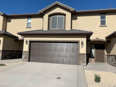Photo of 1001 W Curly Hollow Dr, Saint George, UT 84770