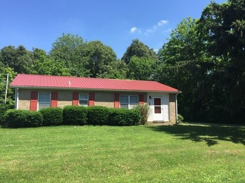 997 Walnut St, Calvert City, KY 42029