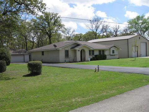 38 Sammy Snead Ln, Hilltop Lakes, TX 77871