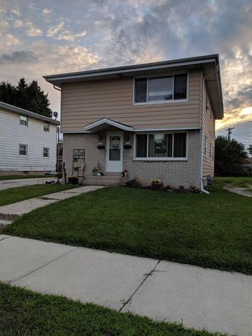 Photo of 1720 Cleveland Ave, Racine, WI 53405