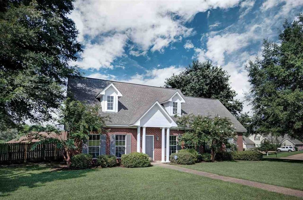 Skies Above Madison Put On Quite >> 121 Brittany Way Madison Ms 39110 Realtor Com