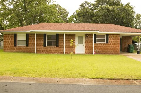Photo of 7100 Colonial Ct, Biloxi, MS 39532