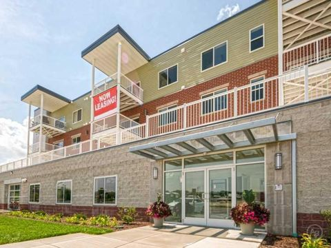 Photo of W171 S7404 Lannon Dr Apt 406, Muskego, WI 53150