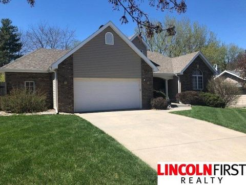 Photo of 6011 Dobsons Ct, Lincoln, NE 68516