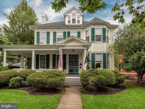 Photo of 309 Rockwell Ter, Frederick, MD 21701