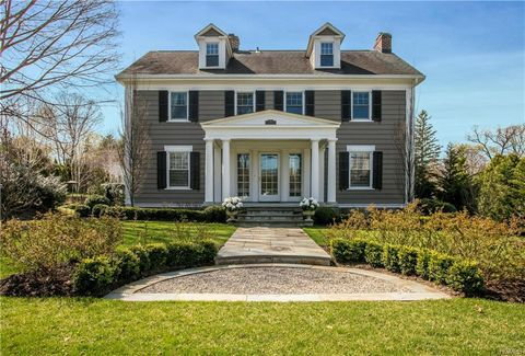 Photo of 30 Crane Rd, Scarsdale, NY 10583