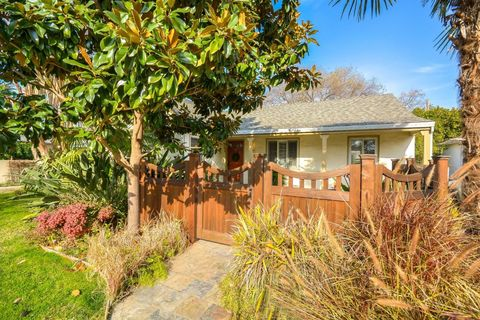 Photo Of 1811 8th Ave, Sacramento, CA 95818