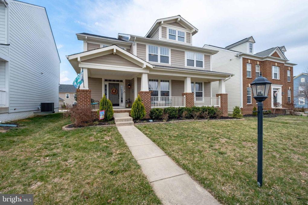 1503 Idlewild Blvd, Fredericksburg, VA 22401