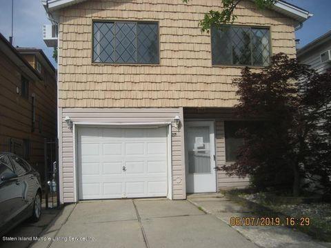 Photo of 37 Sandalwood Dr, Staten Island, NY 10308