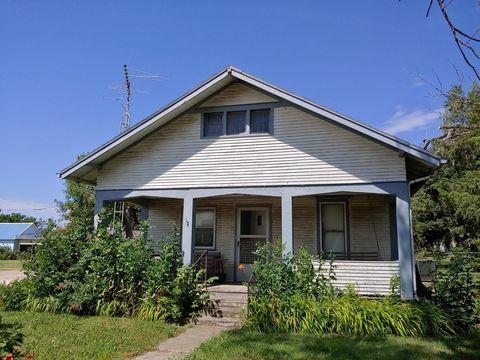 Photo of 200 N Fairview Ave, Luray, KS 67649