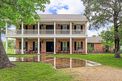 Round Top, TX Real Estate - Round Top Homes for Sale - realtor com®