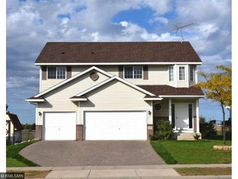 510 9th St, Clearwater, MN 55320