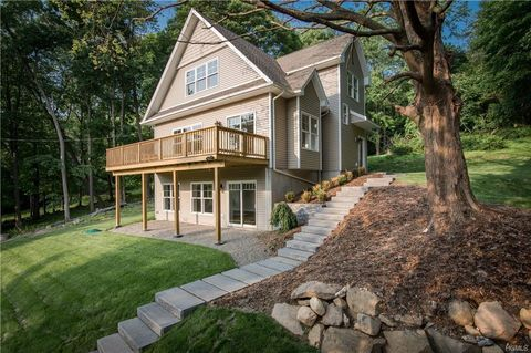 Photo of 16 Collyer Ave, Valley Cottage, NY 10989