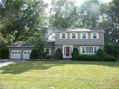 751 Rustic Ln, Cheshire, CT 06410
