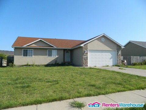 Photo of 500 15th St Se, Bondurant, IA 50035