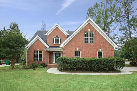 5151 Rotherfield Ct, Charlotte, NC 28277
