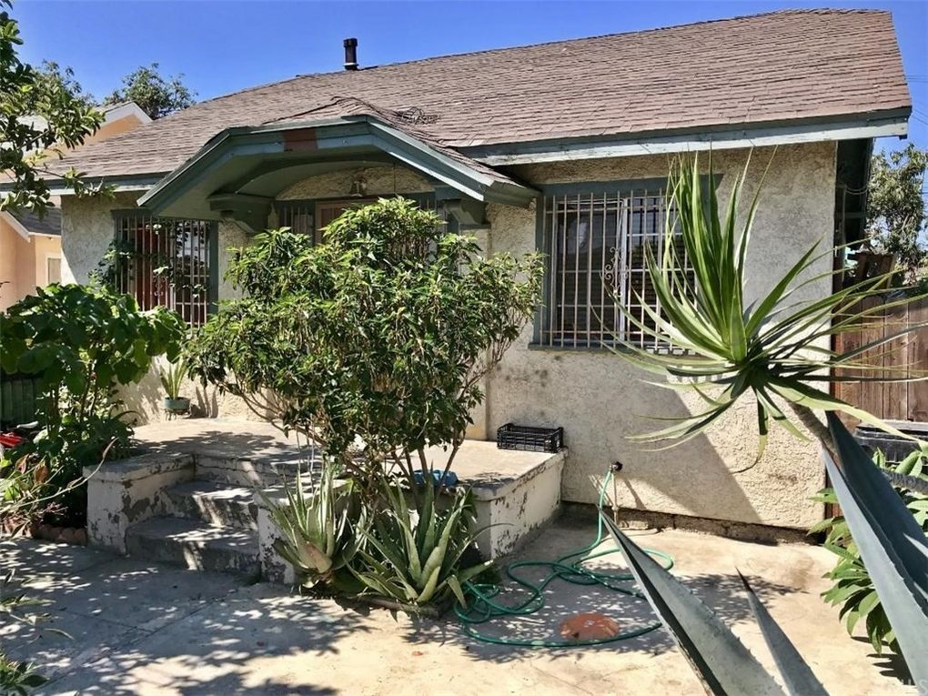 1375 E 56th St, Los Angeles, CA 90011