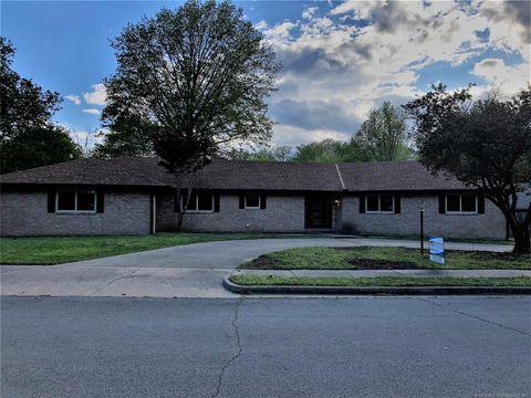 Photo of 5809 Whitney Ct, Bartlesville, OK 74006