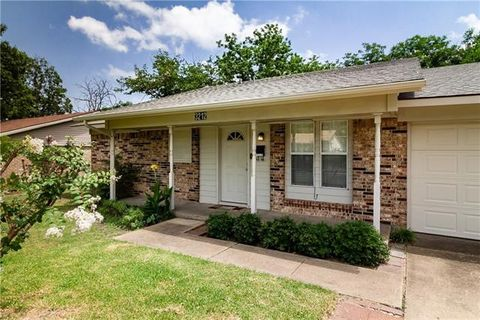Photo of 3212 18th St, Plano, TX 75074