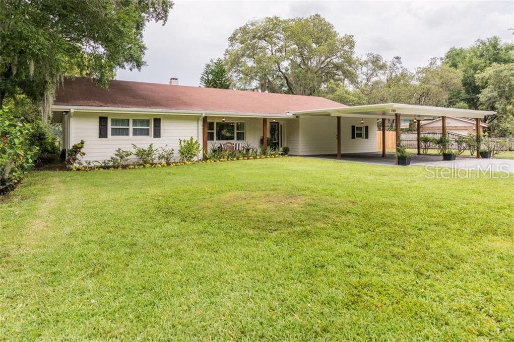 2201 S Village Ave, Tampa, FL 33612
