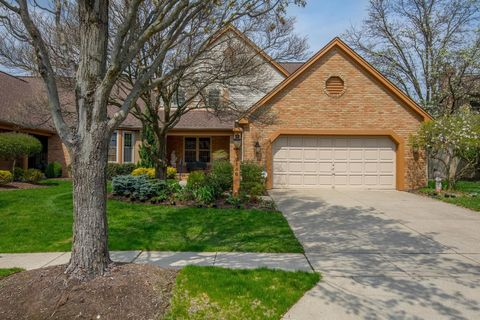 Photo of 2156 Partlow Dr, Upper Arlington, OH 43220