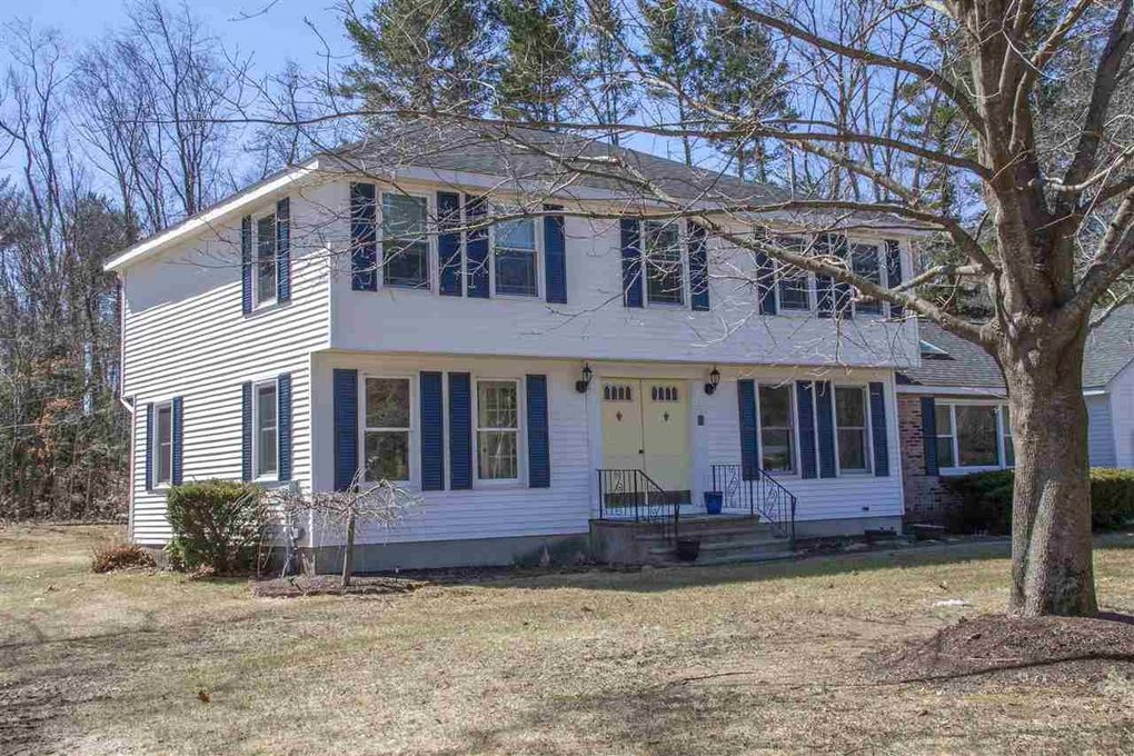 4 Park Ave, Londonderry, NH 03053