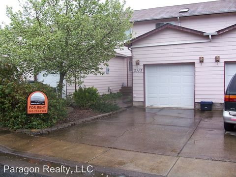 Photo of 3117 Ne Flintlock Pl, Corvallis, OR 97330