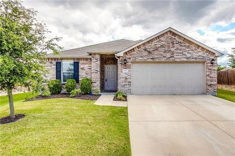 Photo of 1147 Foxglove Ln, Burleson, TX 76028