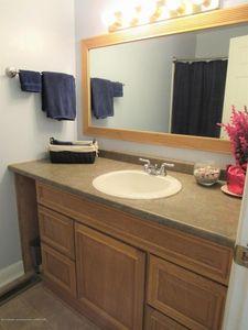 4038 sheffield blvd lansing mi 48911 bathroom - Bathroom Remodel Lansing Mi