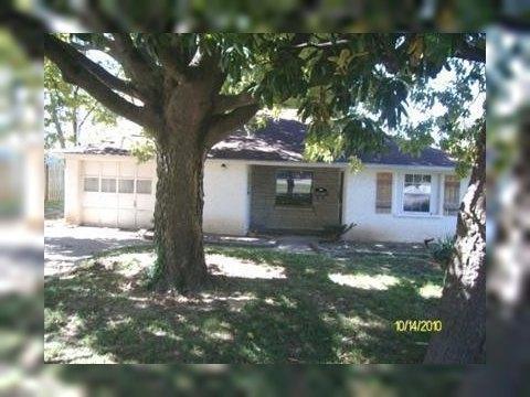 1509 S Oak Grove Ave Springfield MO realtor