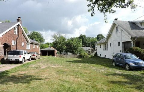 342 E Lucius Ave, Youngstown, OH 44507