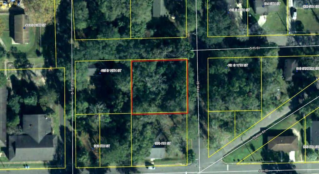 424 S 11th St Quincy, FL 32351