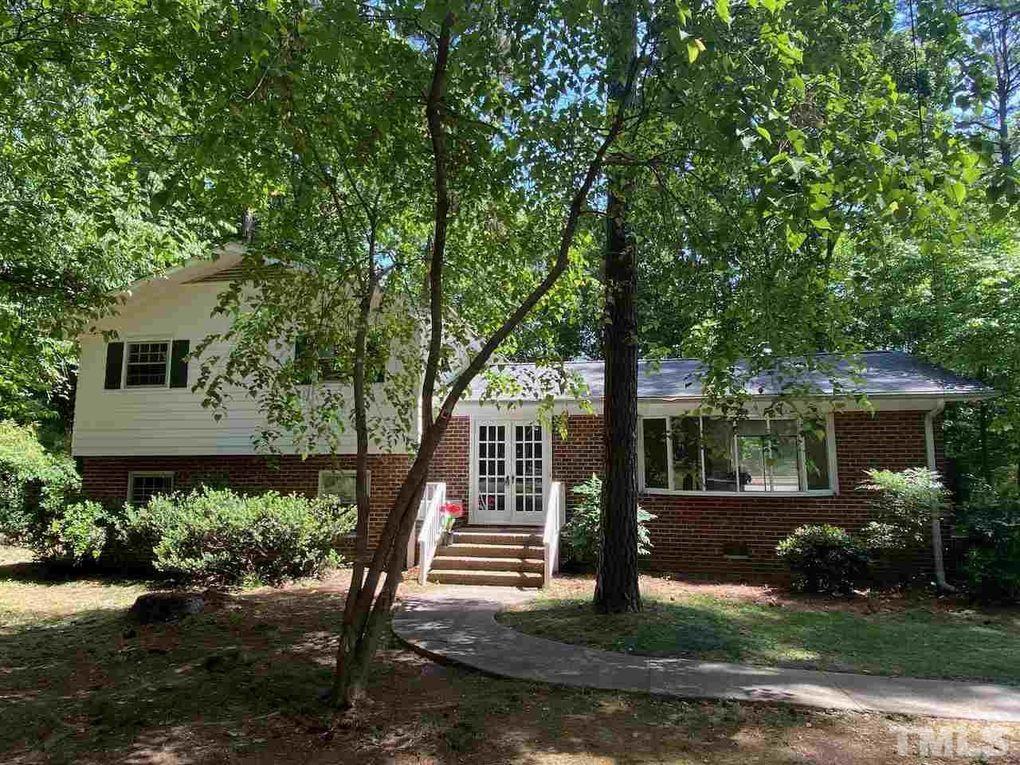922 Crestwood Ln Chapel Hill, NC 27517