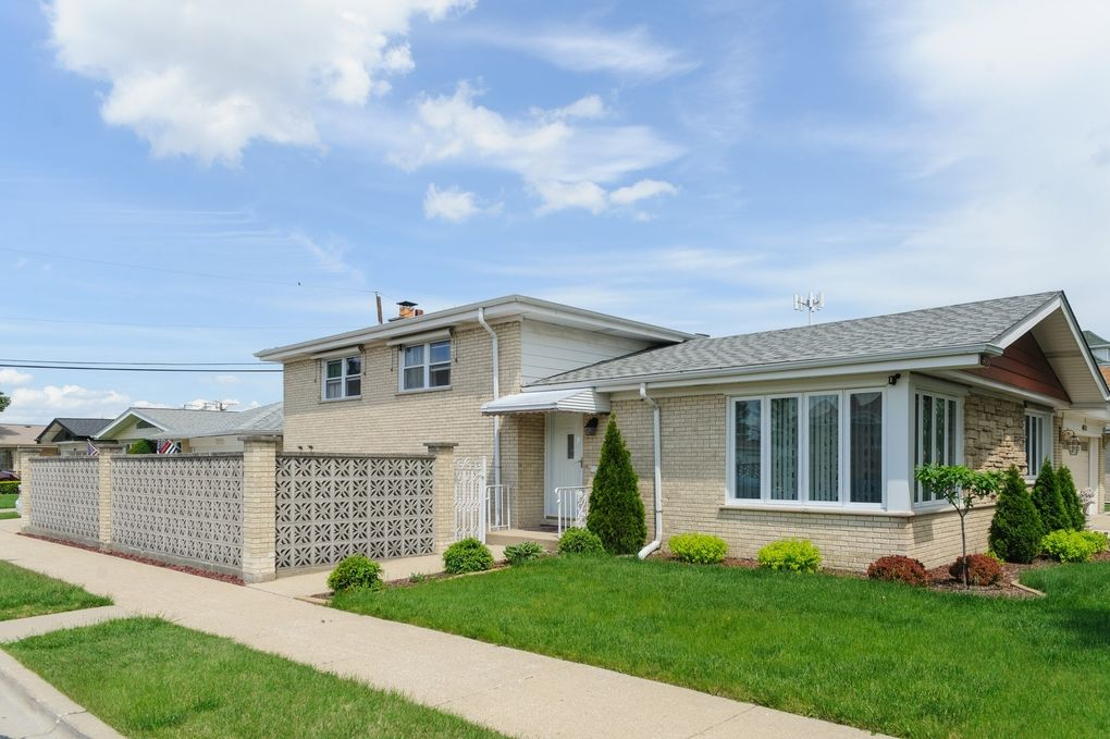 4700 N Thatcher Ave Norridge Il 60706 Realtor Com