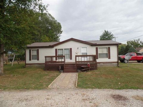 167 E Sixth St, Newberry, IN 47449