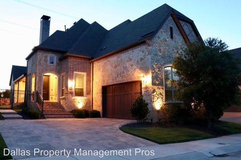 Photo of 720 English Channel Ln, Lewisville, TX 75056