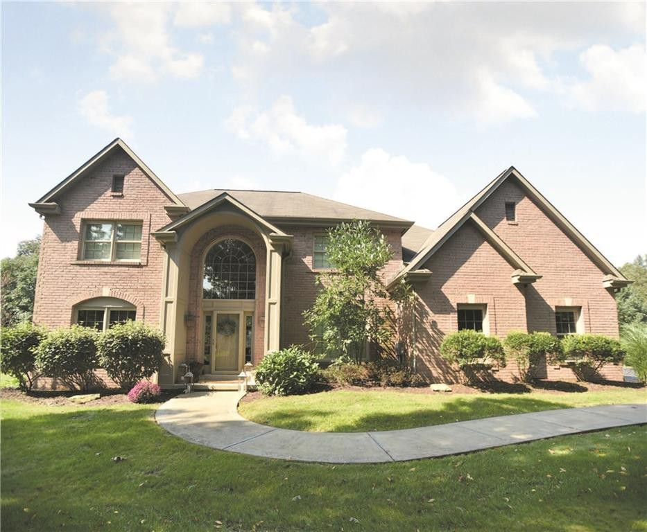 305 Orial Ct, Connoquenessing, PA 16033