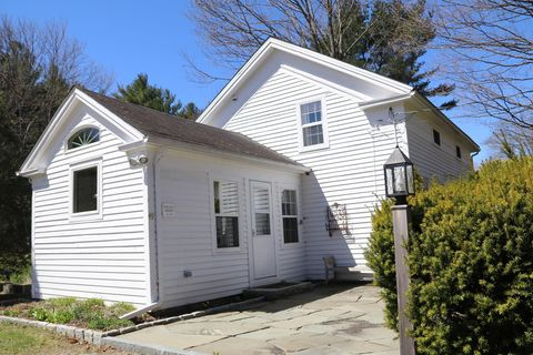 Photo of 49 Sandisfield Rd, Sandisfield, MA 01255