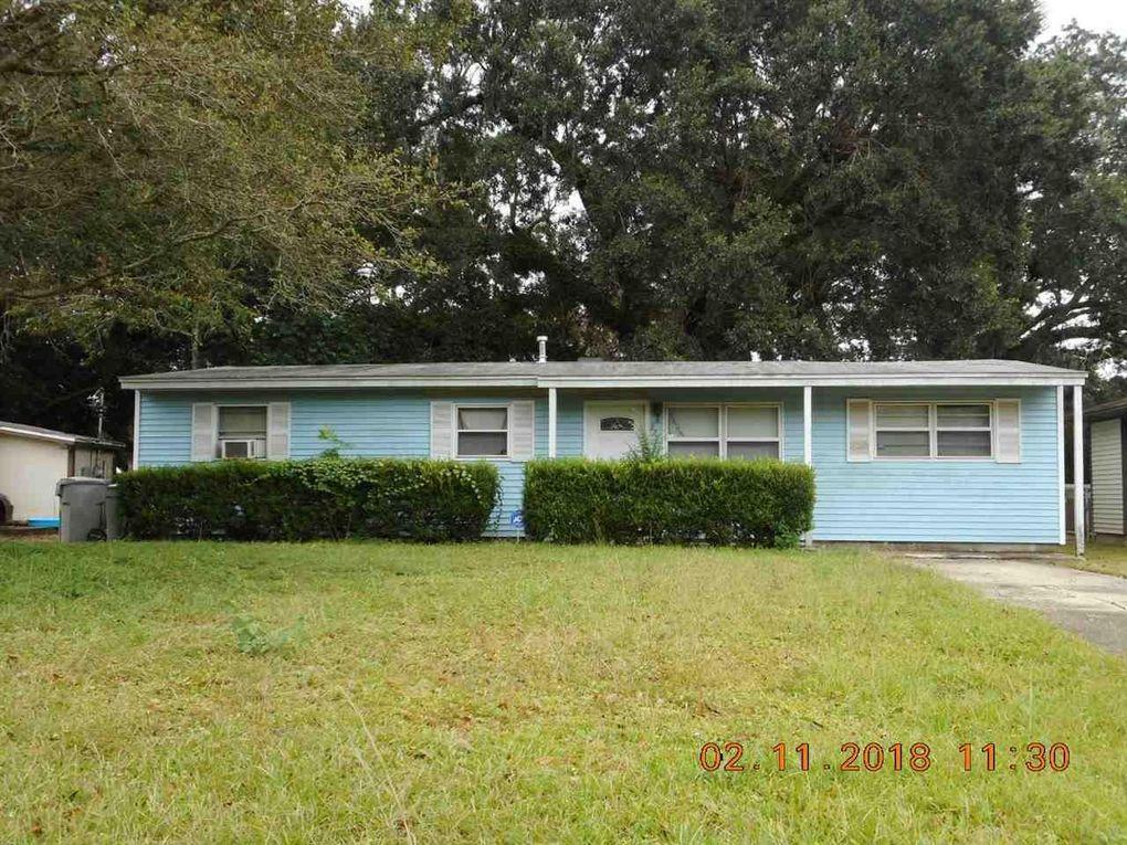 927 Lucerne Ave, Pensacola, FL 32505