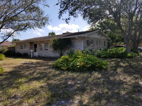 Photo of 401 E Lincoln Ave, Melbourne, FL 32901