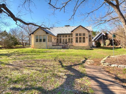 Photo of 218 River Bluff Rd, Wimberley, TX 78676