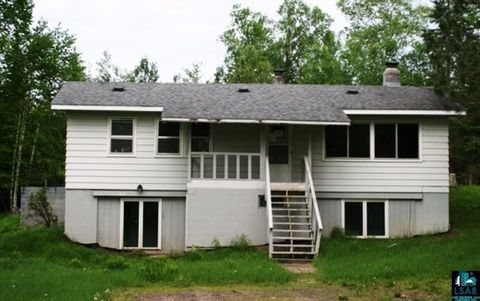 5336 Shady Ln, Duluth, MN 55811