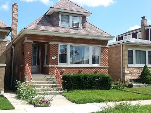 Photo of 3935 N Sayre Ave, Chicago, IL 60634