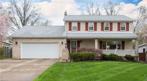 Photo of 4220 Nottingham Ave, Austintown, OH 44511