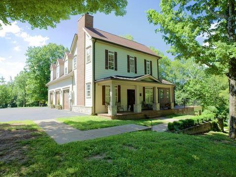 Photo of 1800 Gravel Hill Rd, Columbia, TN 38401