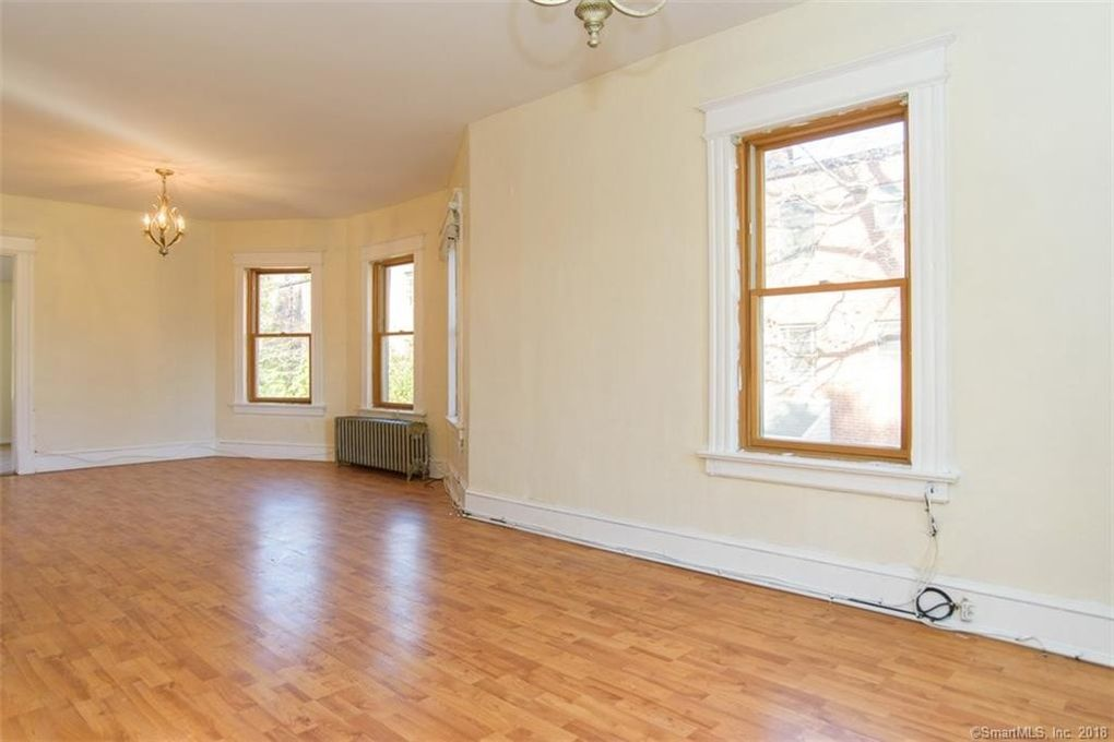 384 Park Rd Unit 2 Nd West Hartford Ct 06119 Home For Rent