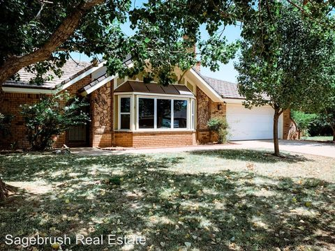 Photo of 804 Rosewood Dr, Clovis, NM 88101