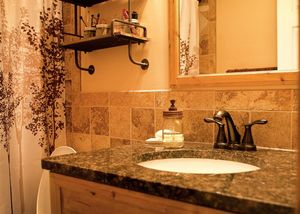 5219 Ash Grove Ave, Blanchester, OH 45107 - Bathroom