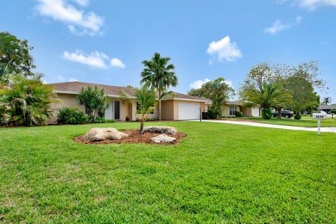 Photo of 4210 Hyacinth Cir, Palm Beach Gardens, FL 33410